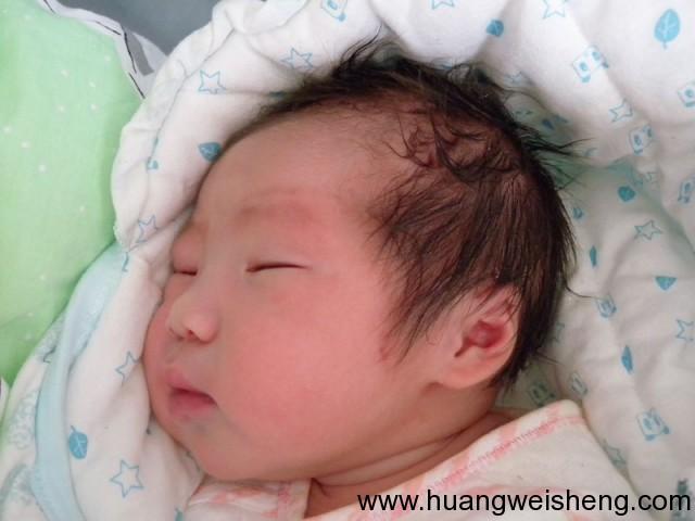 DuoDuo Birth Photos  / 多多出生照片1